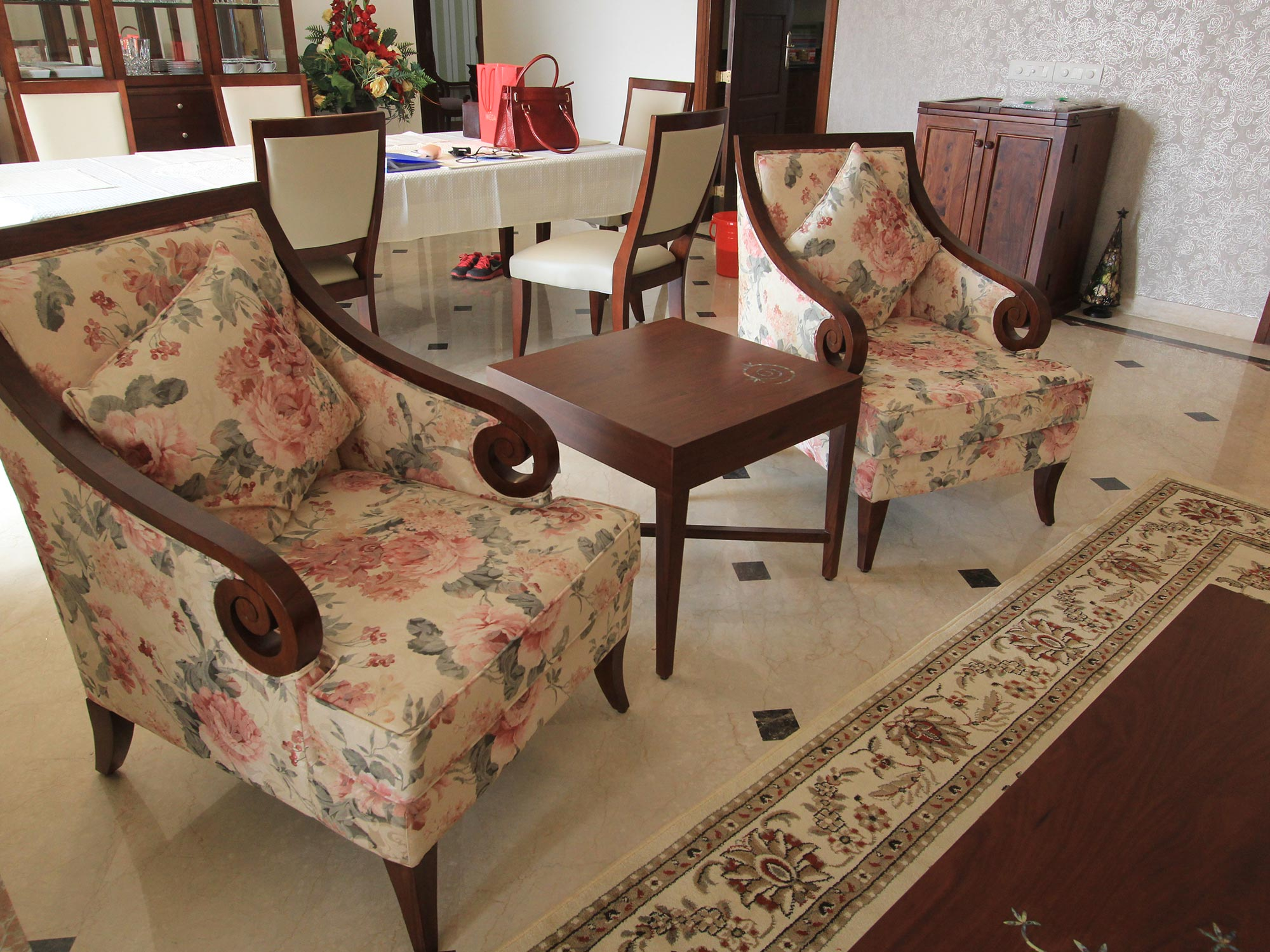 traditional-arm-chairs-and-accent-chairs