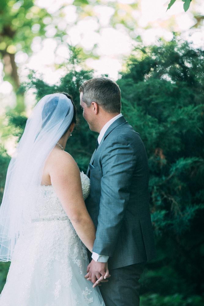Wedding at H onsberger Estate by Sounds Like Yellow Photography, Toronto Wedding Photographer,  soundslikeyellowphotography.com
