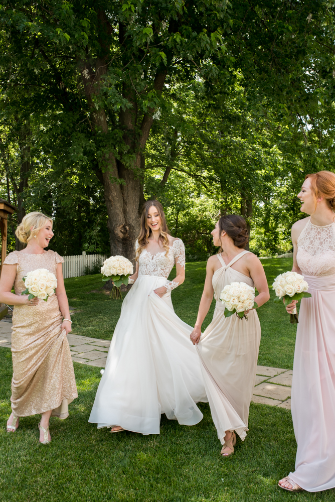 bridesmaids at The Doctors House Wedding with Soundslikeyellowphotography