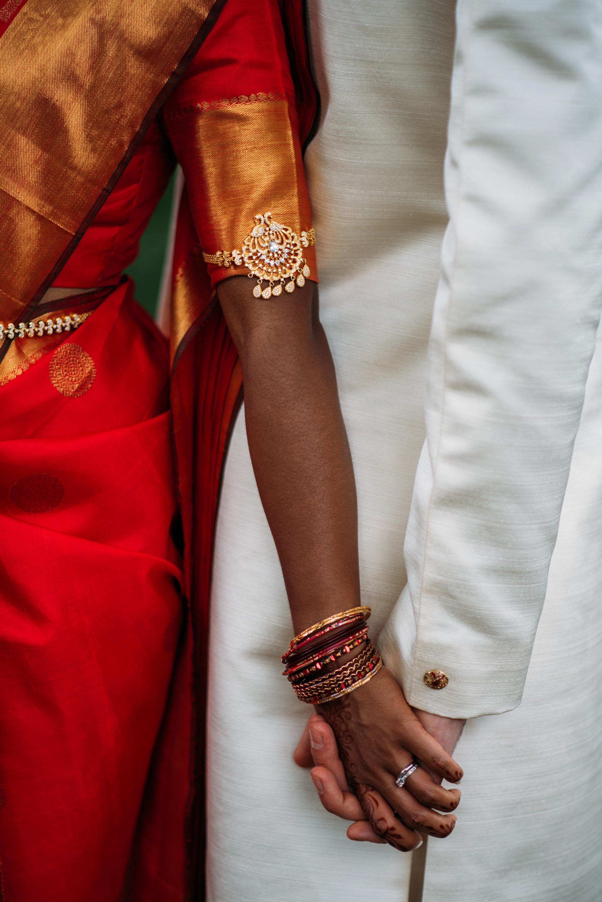 Hindu wedding photography with soundslikeyellowphotography at the Sringeri Vidya Bharati Foundation