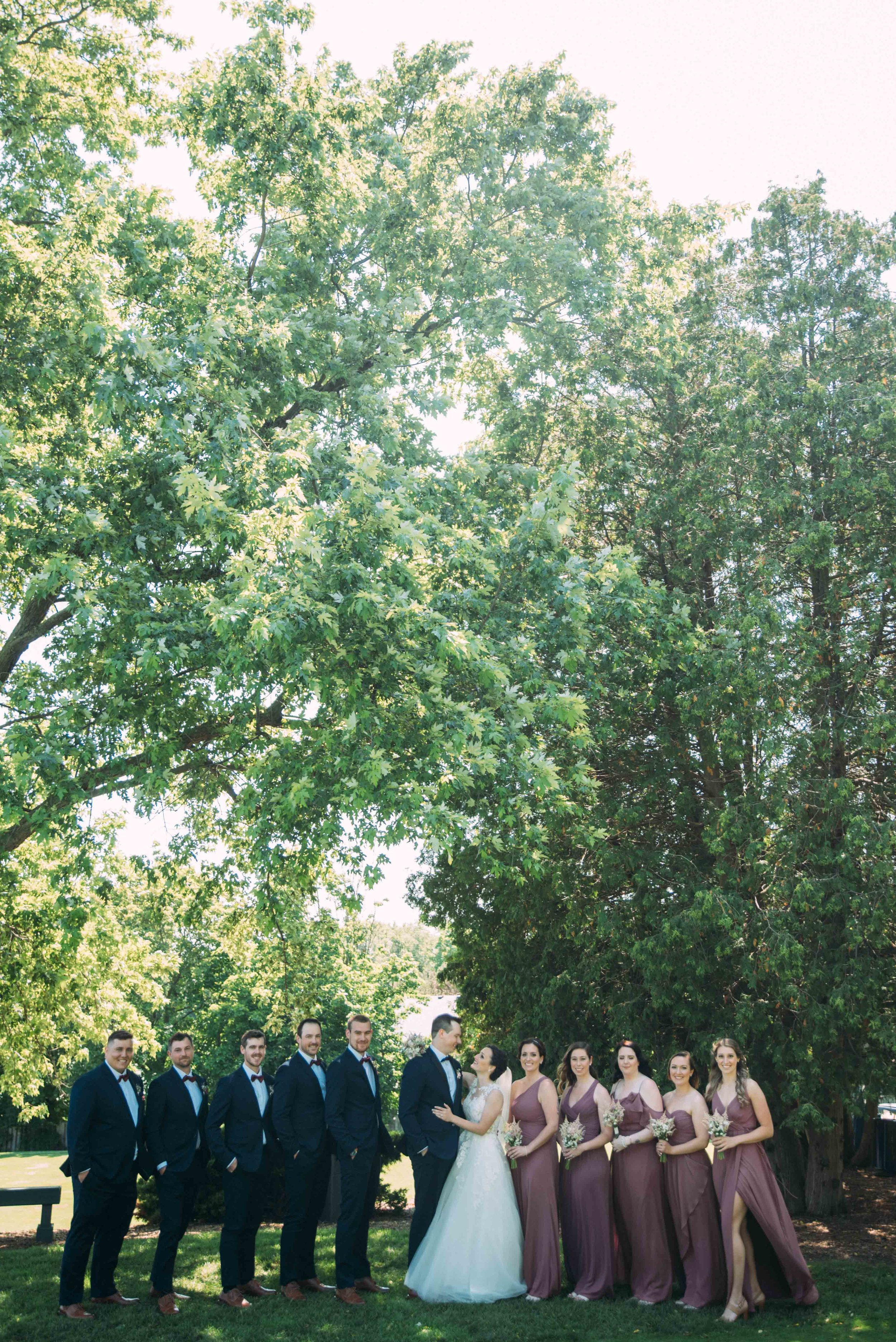 Dundas Valley Golf and Curling Club Wedding with Soundslikeyellowphotography wedding party images