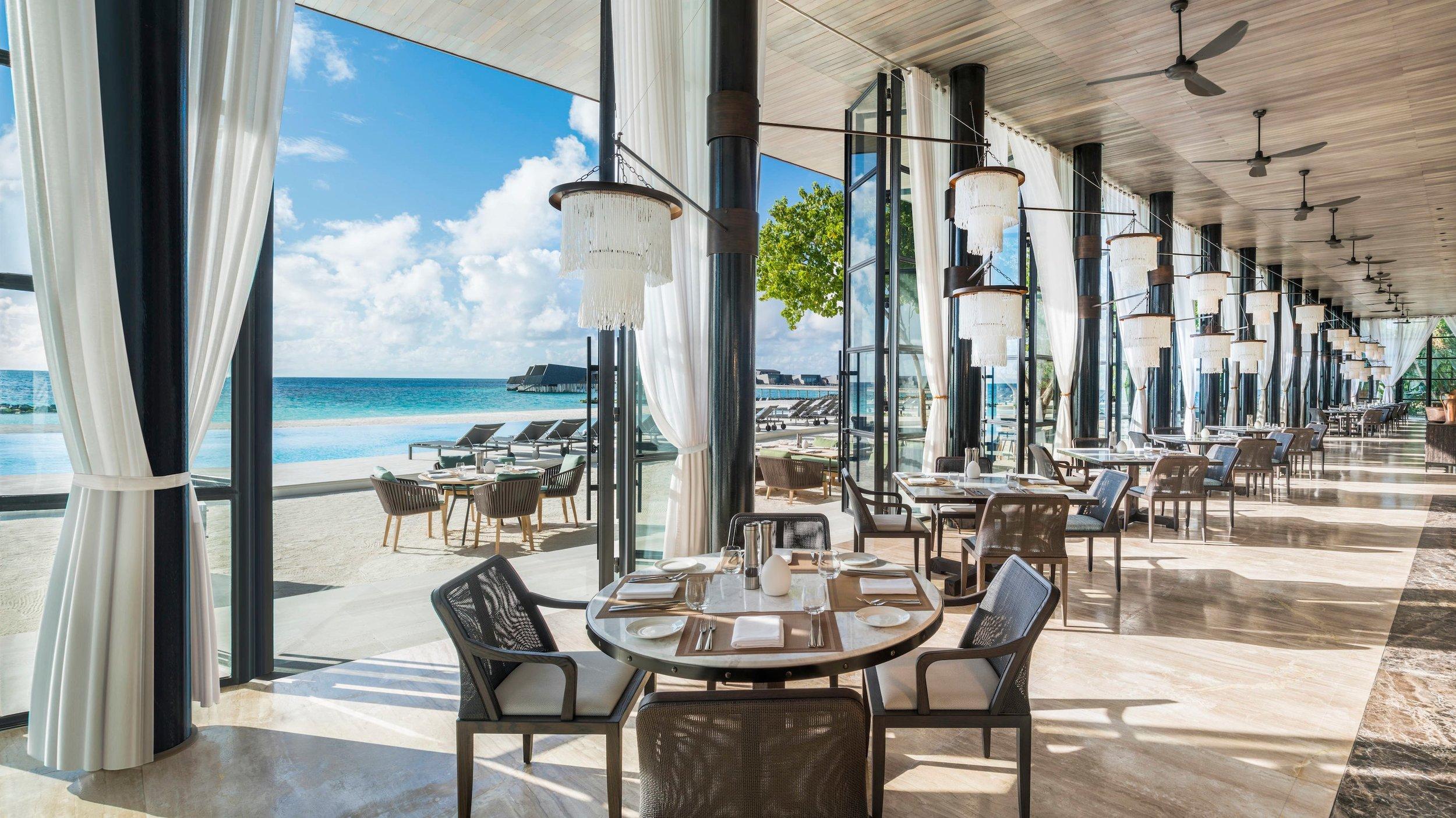 mlexr-restaurant-4362-hor-wide.jpg