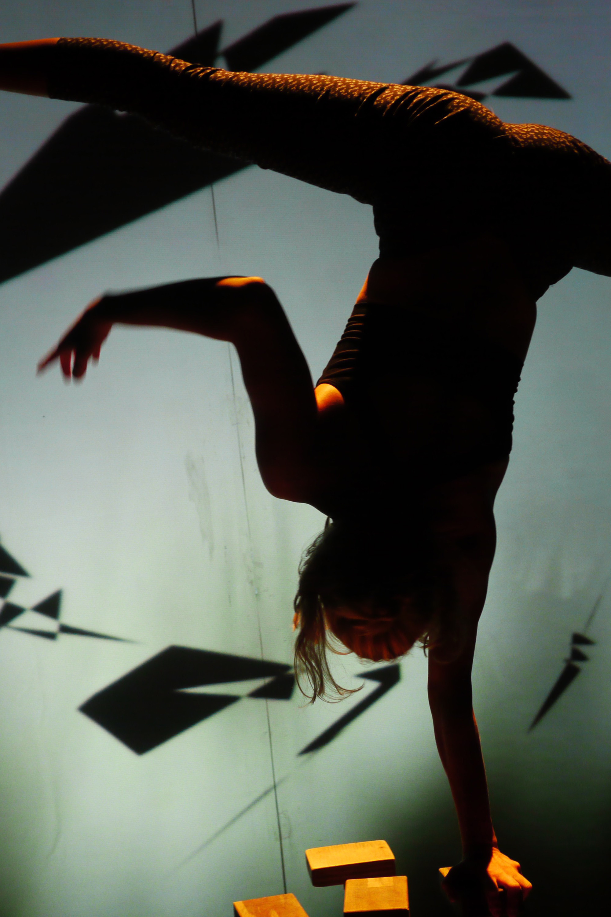 KID_XPERFORMING WITH PROJECTIONS WORKSHOP - Sat 1 June // Tramway