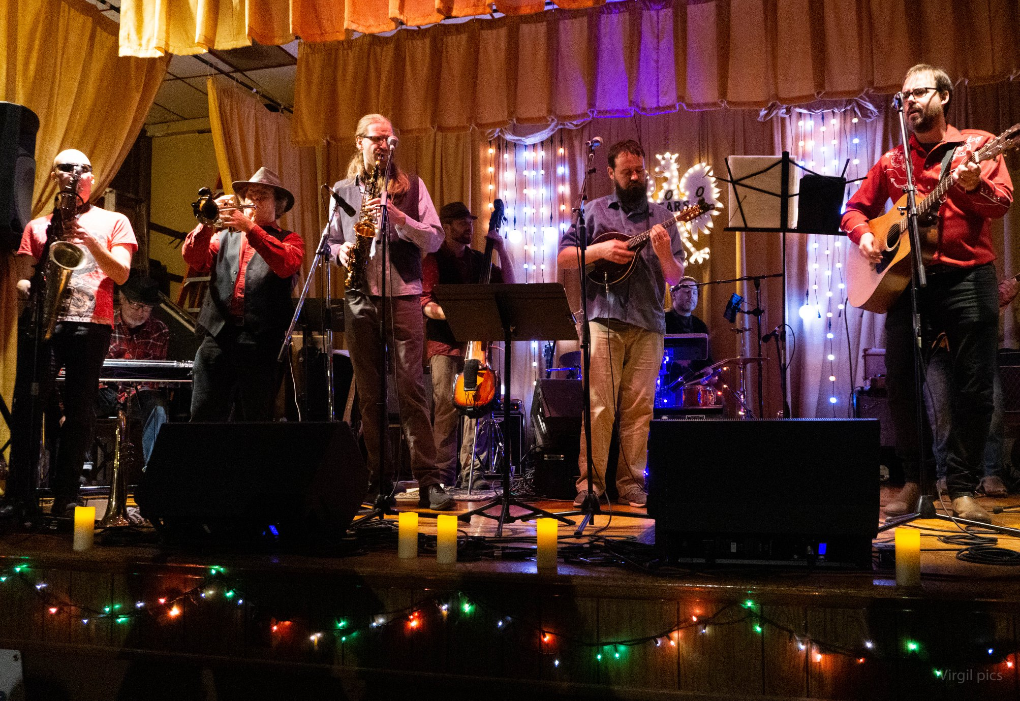 Dave Huber of Whale Show has a horn section! (Lakin, Ryan, Reggie, Nick, Rev, Dave)