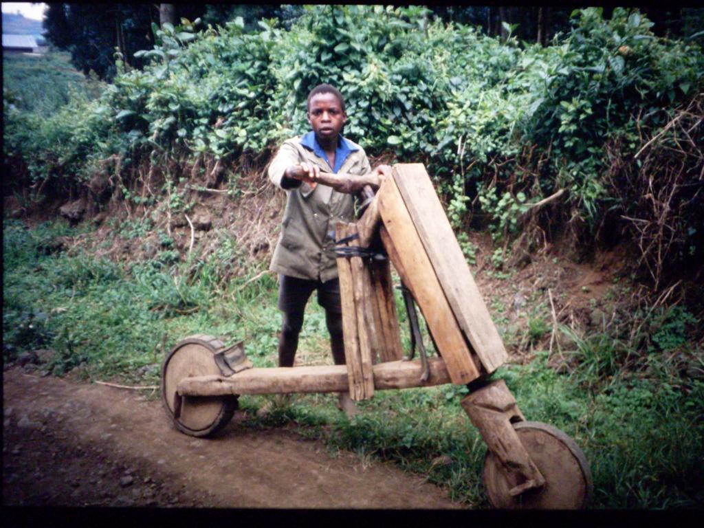 1995 24 Ruanda 115.JPG