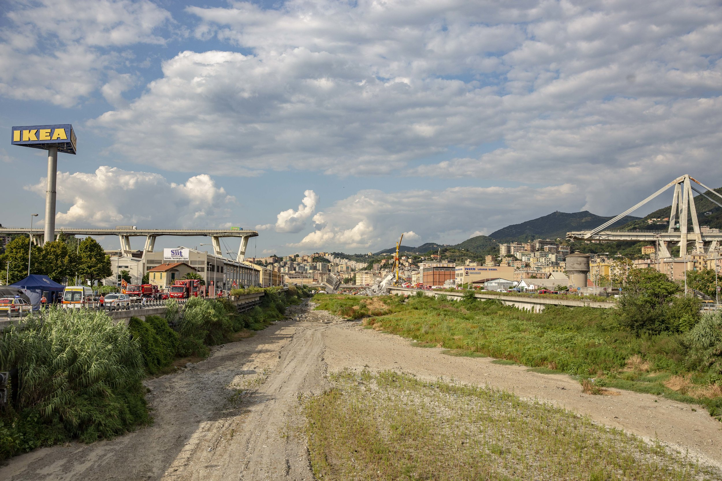 FrancescaVolpi_Morandi bridge8.jpg