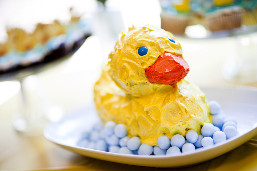 lennon-ducky-birthday-photo-cake