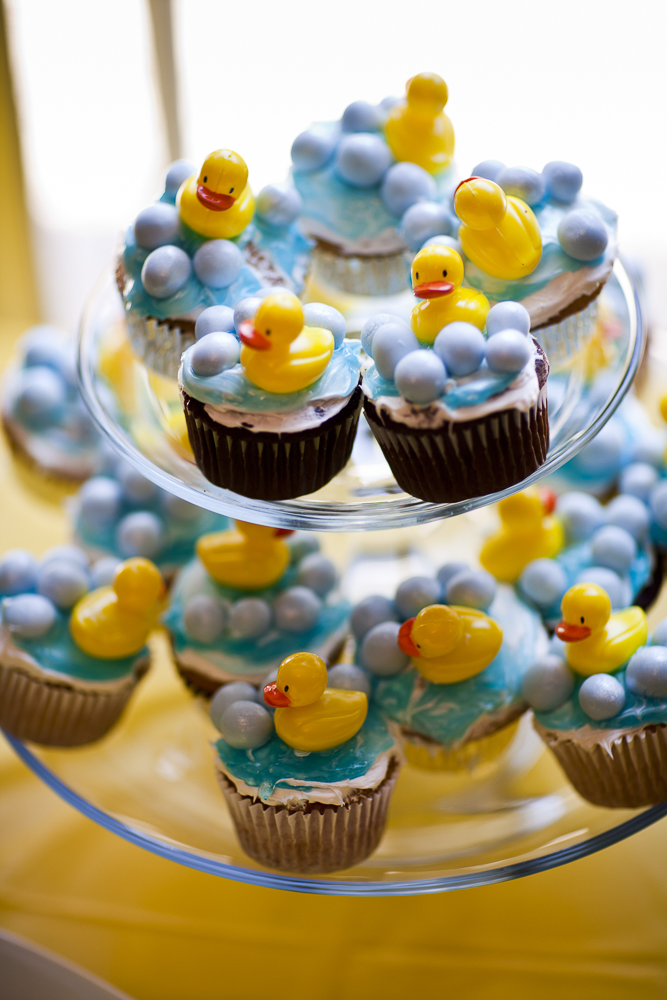 birthday-baby-ducks-cupcakes