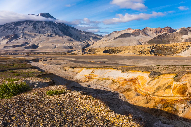 Mt. Griggs & Valley Of 10,000 Smokes - Katmai NP