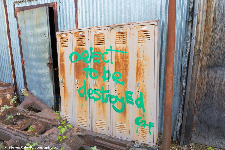 A modern art reference in an abandoned rural Alaska junkyard?