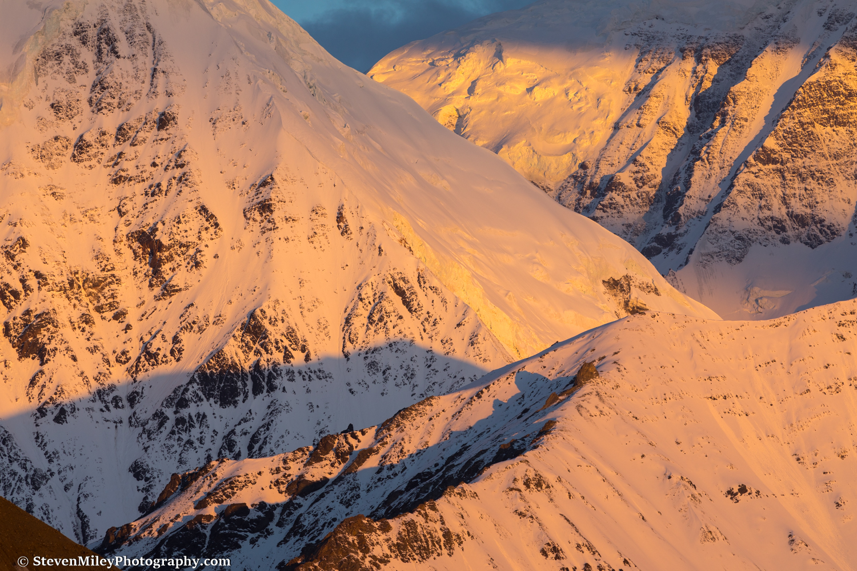 Crisscrossing ridges at sunrise. Mount Moffit is at upper right.