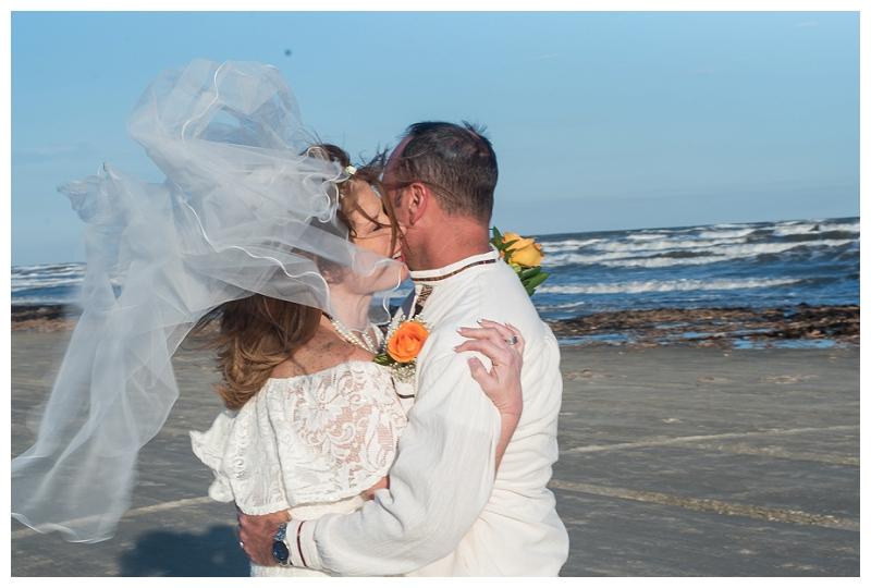 elopement-galveston-tx-photo_0011.jpg
