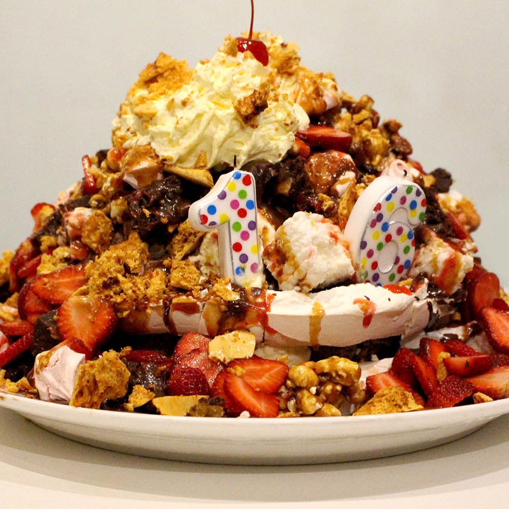icecream_sundae_cake.jpg