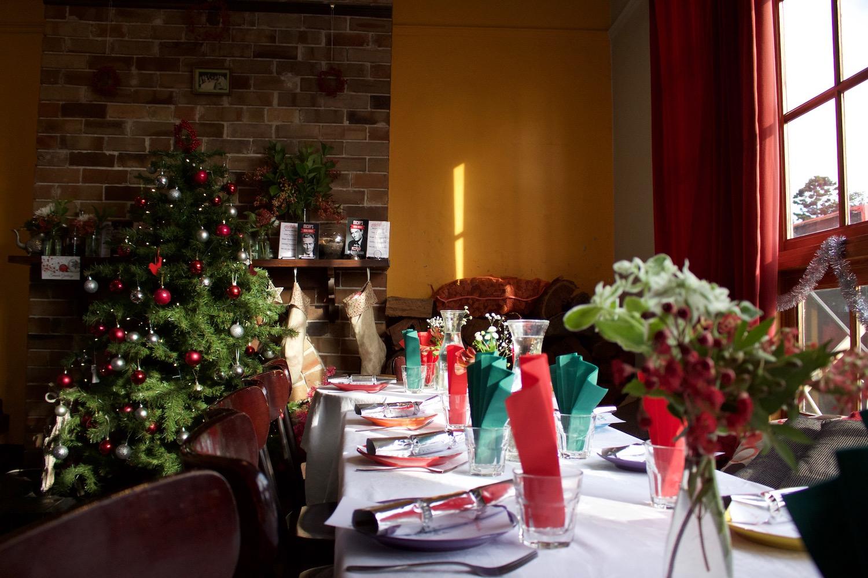 christmas_feast_1.jpg