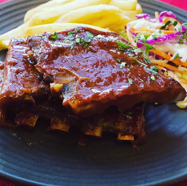 Treat yourself to tender pork ribs this winter @mickyscafe. We use RSPCA approved pork from @haverickmeats • • • #winterwarmers #lickyourphone #sustainableliving #sustainableagriculture #homemadesauce #mickyscafe #mickyspaddington