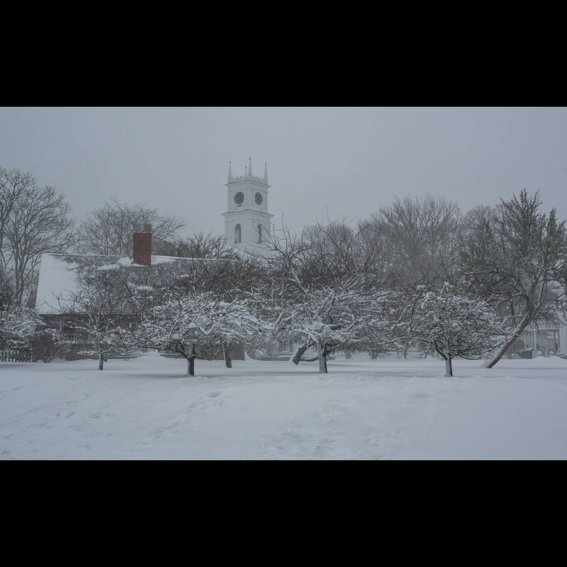 1.7 WHALING CHURCH SNOWED IN