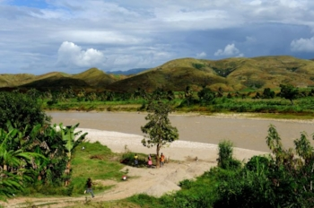 The Artibonite River: the suspected source of the cholera outbreak in Haiti. Source: Kendra Helmer, USAID.