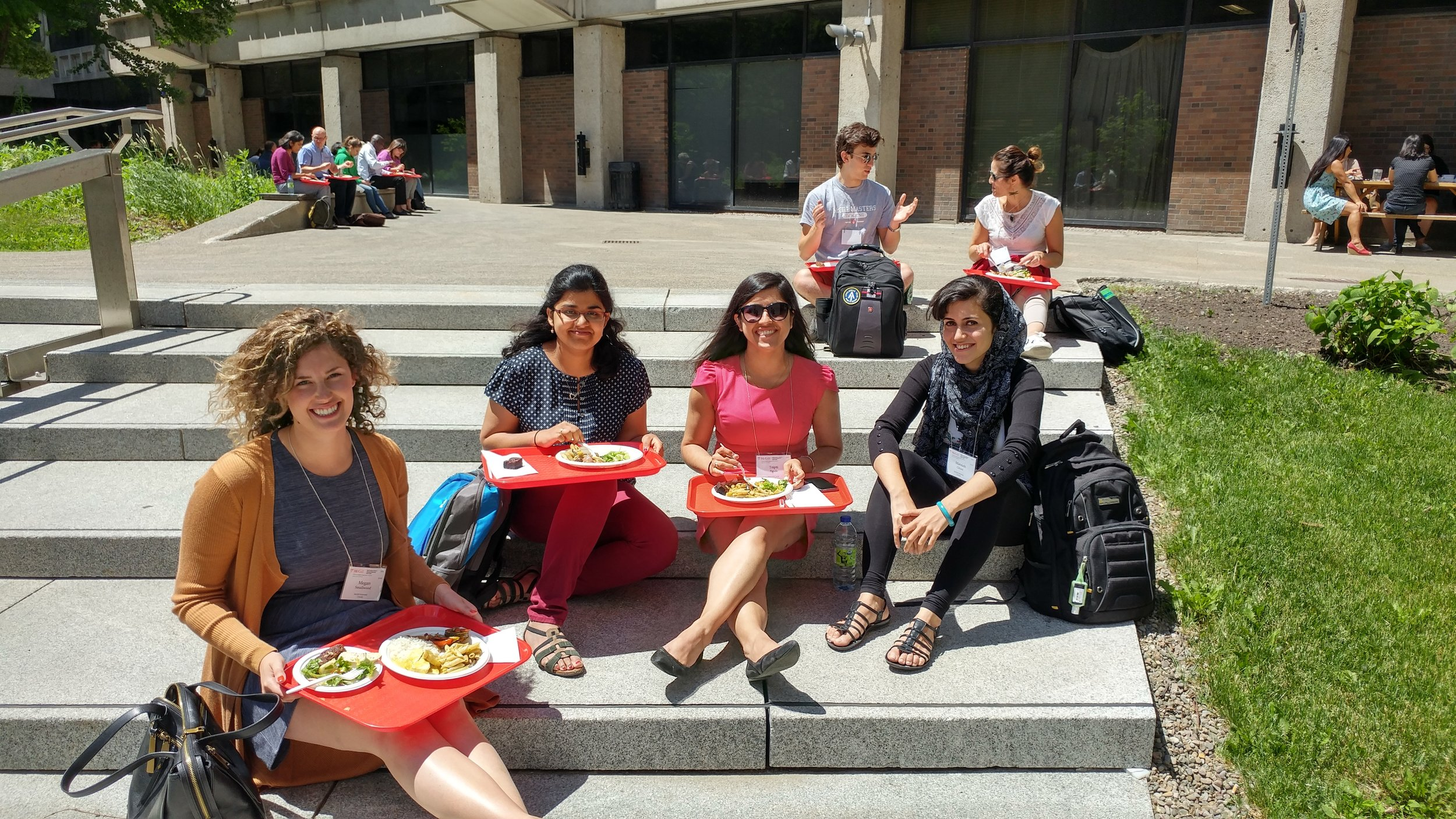 Lunch at the Summer Institute. The perfect time to make new friends and expand your professional global health network.