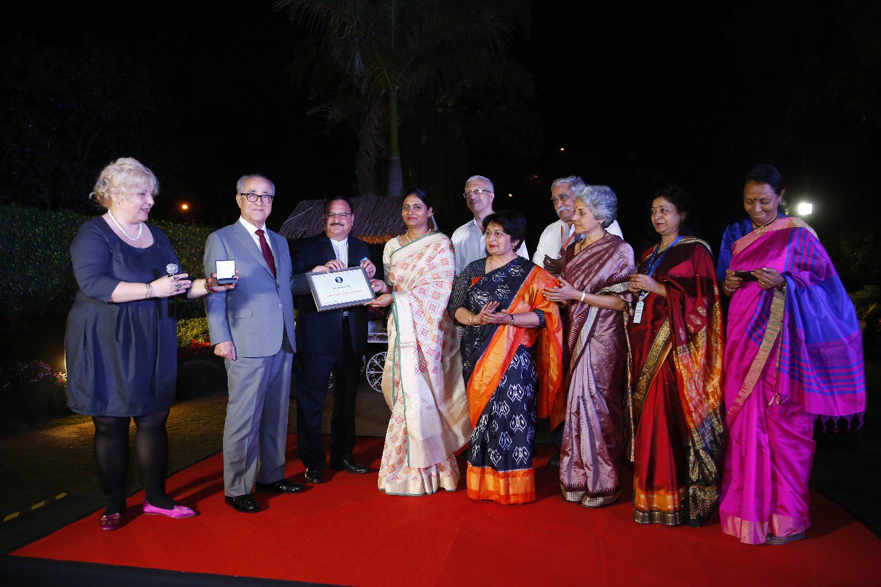 Stop TB Kochon Prize being awarded to ICMR on 13 March 2018