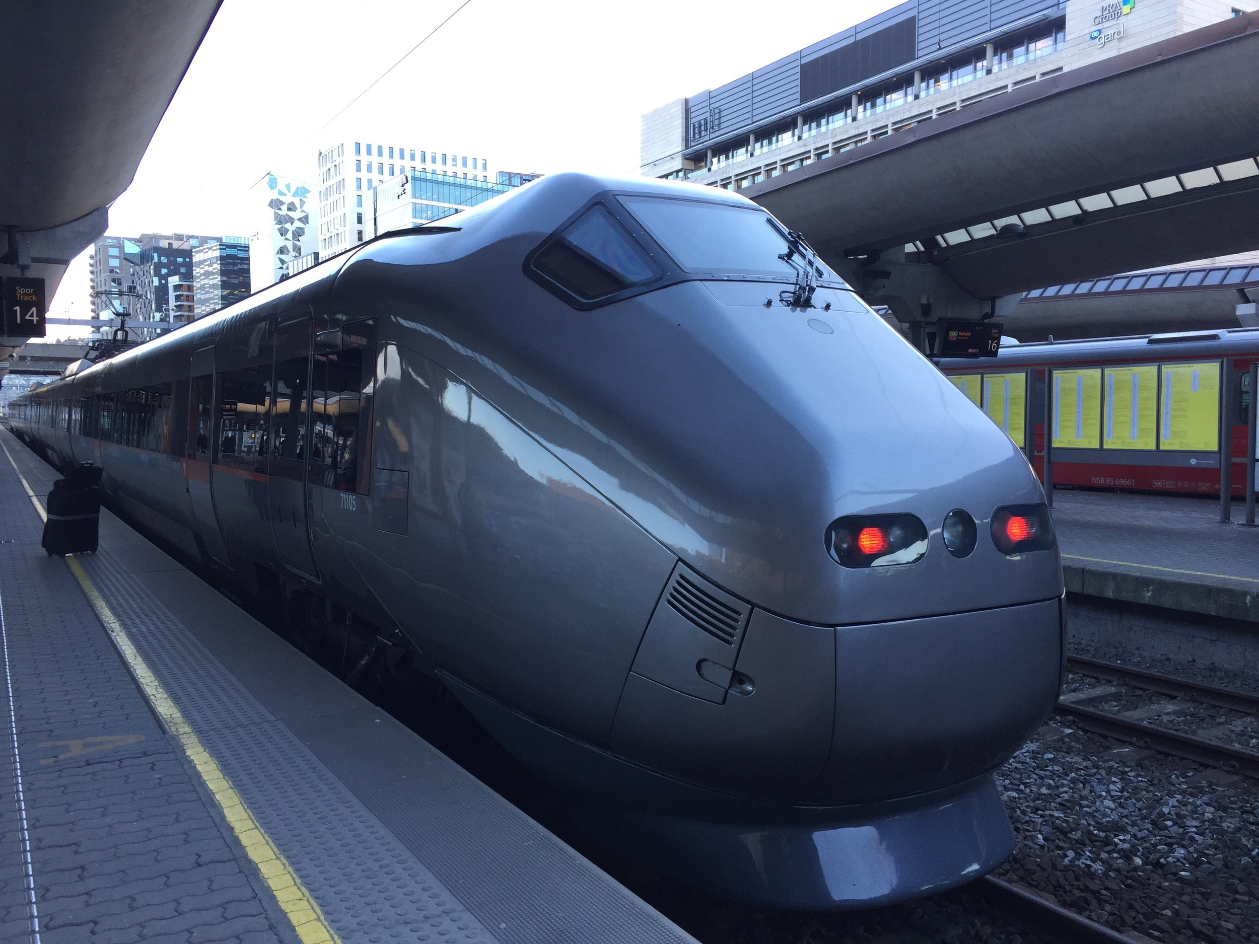 Airport express train, Oslo S