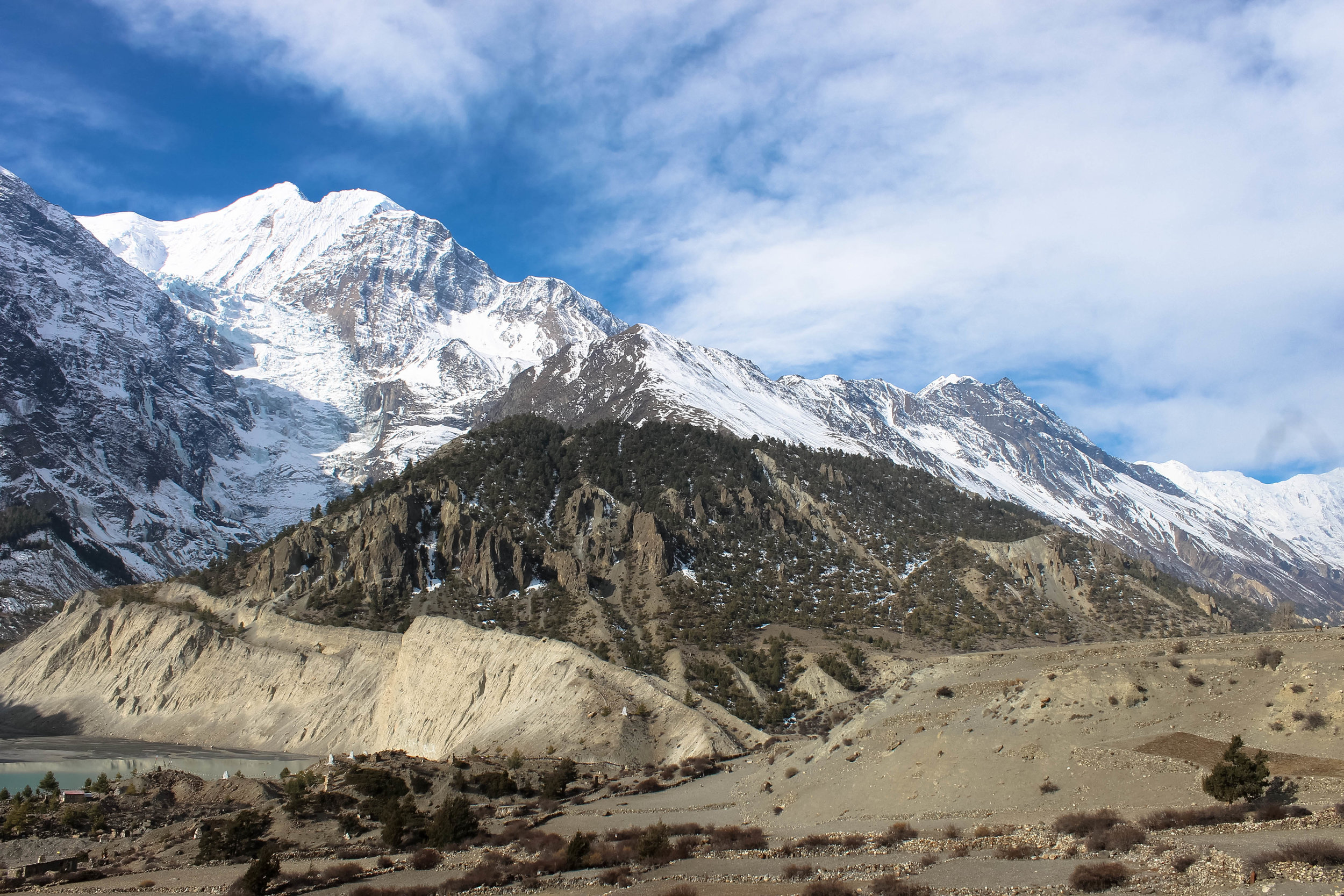 Breathtaking alpine views as the climb gets higher and closer to Thorong La Pass.