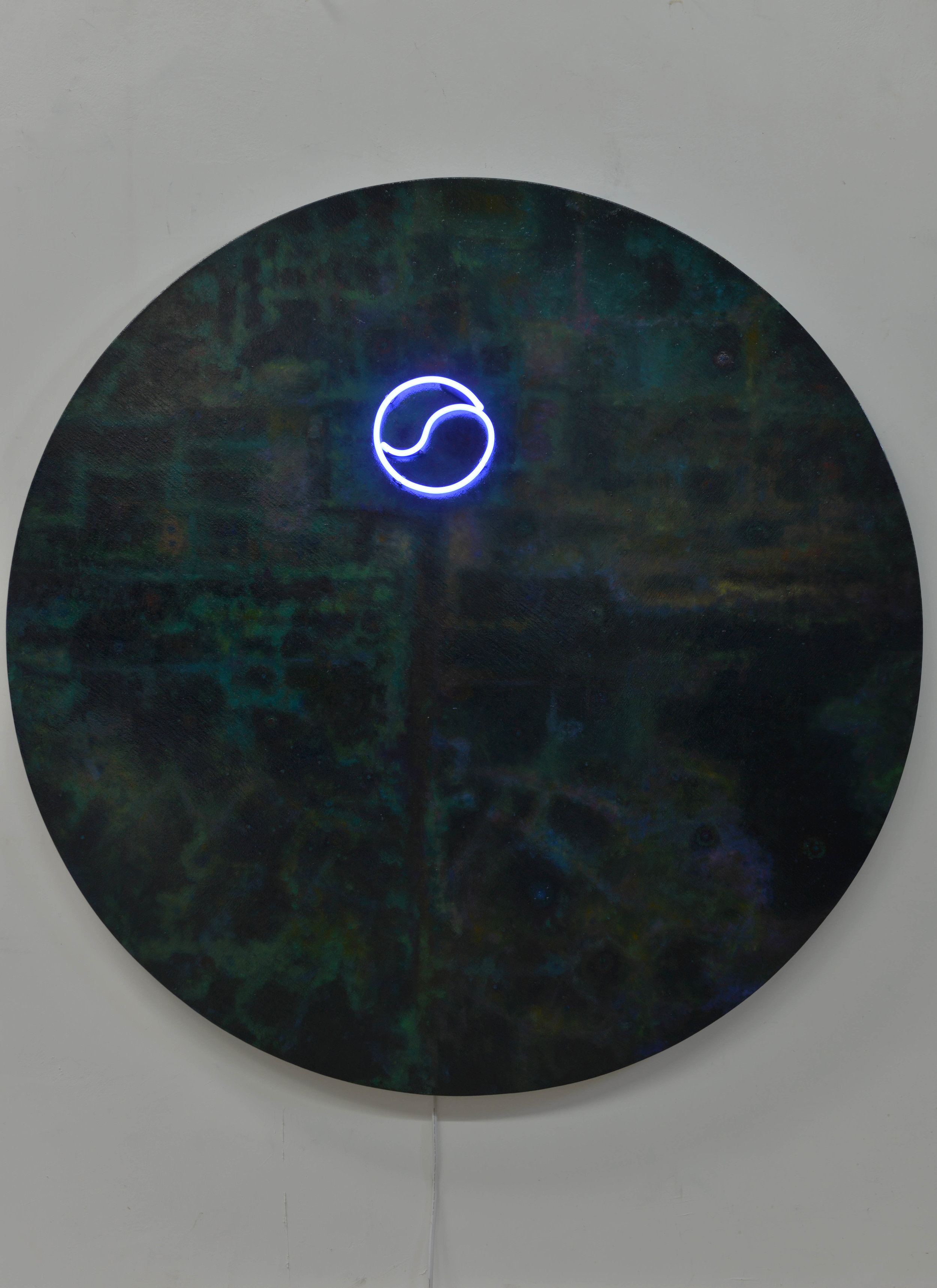 行走 No8霓虹灯、油画和综合材料于帆布Walking  No 8Neon, oil and Mixed Medium on Canvas.jpg