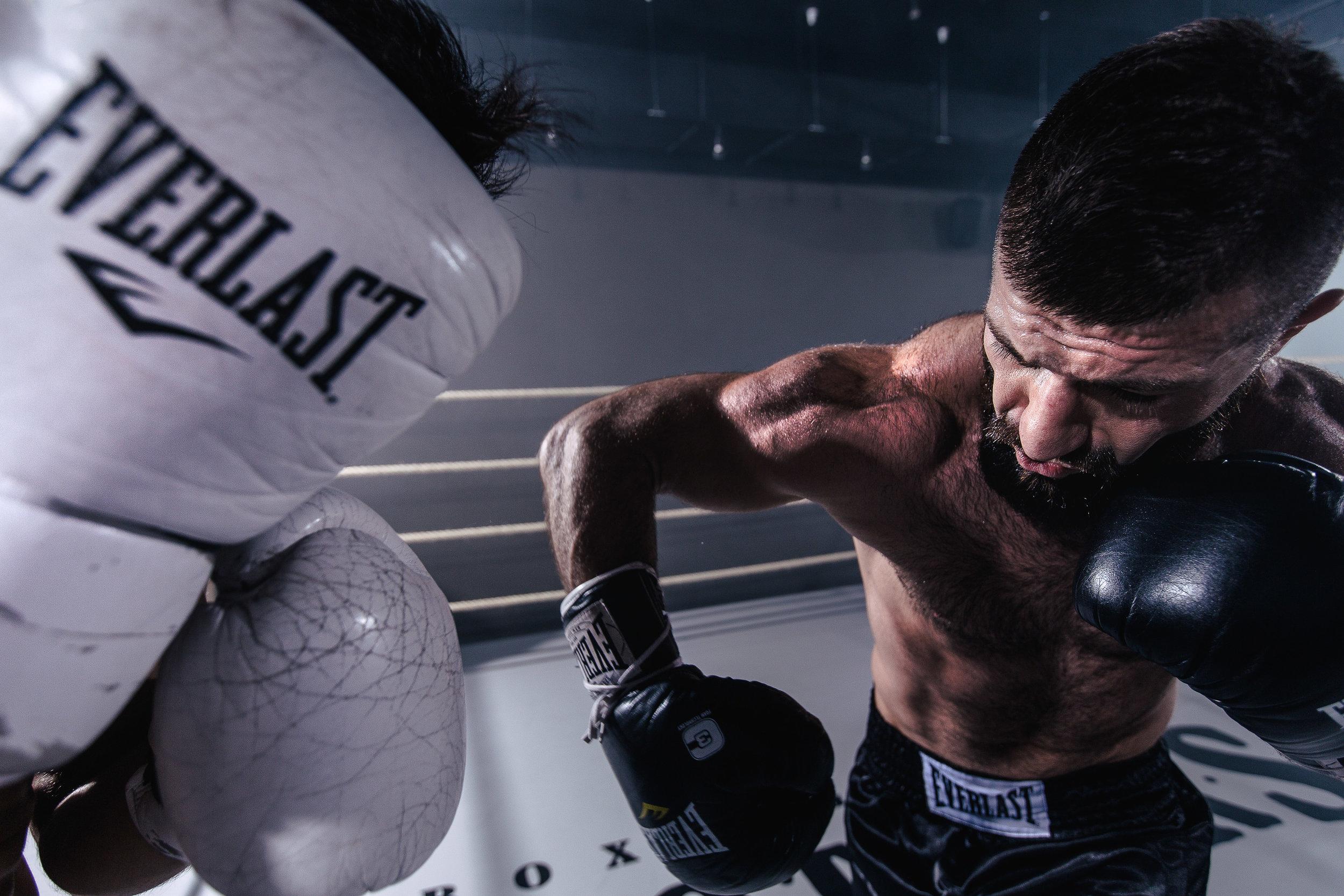 Misha De-Stroyev - Boxing 6.jpg