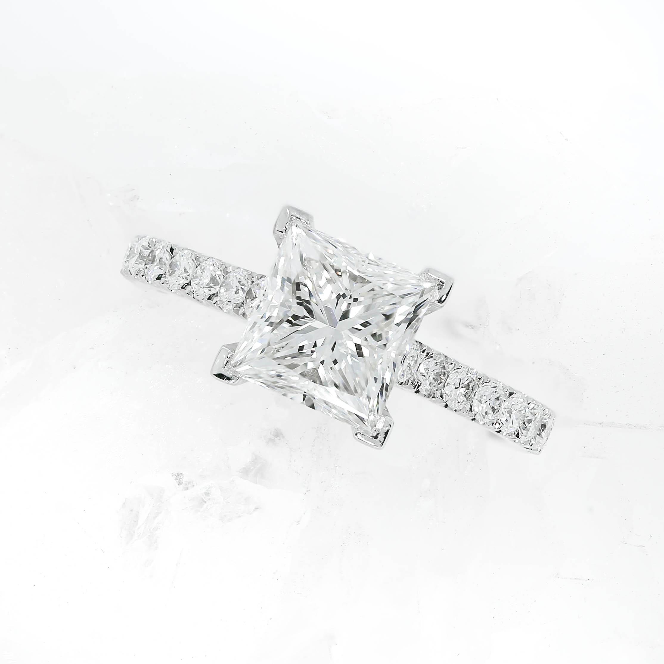 Queensmith's  De Carlo Scallop  engagement ring
