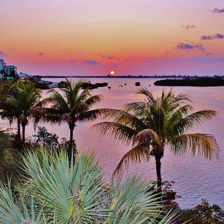 'See you at Sunset!' The sunsets are celebrated nightly in Mallory Square  @allweathersport