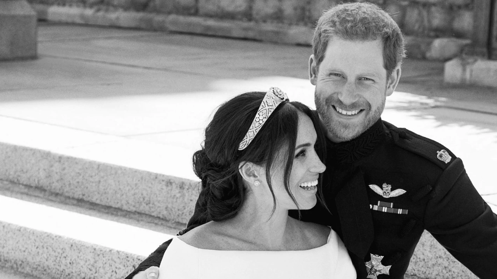 The first of Prince Harry and the Duchess of Sussex's official wedding portraits to be released.  Alexi Lubomirski