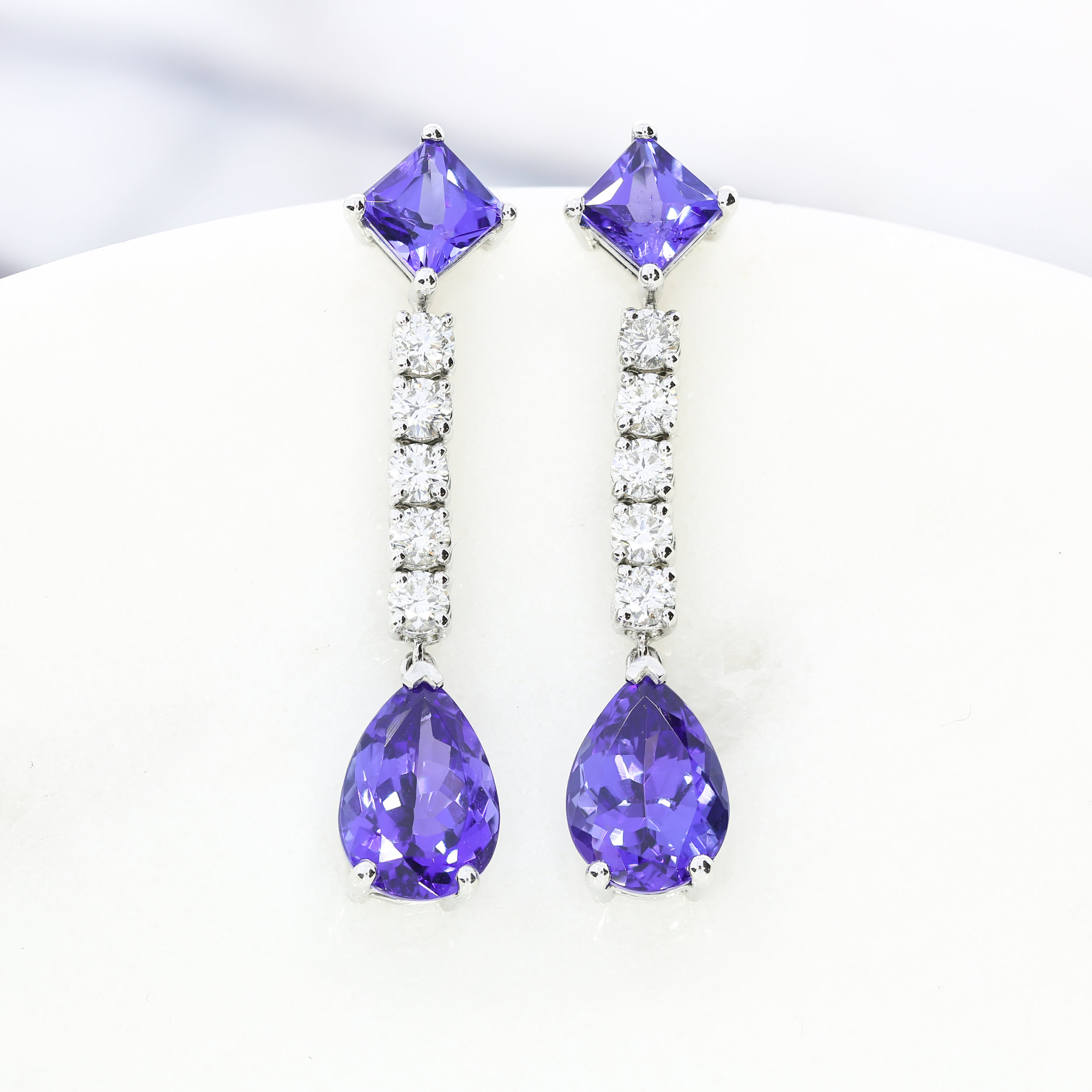 A bespoke Queensmith commission: tanzanite and diamond drop earrings