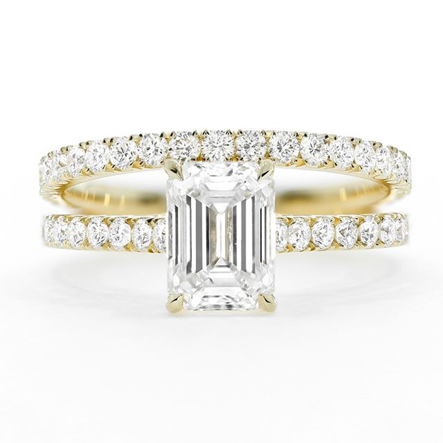 The perfect bridal set 💎 matching scallop set diamond bands, the engagement ring featuring a beautiful emerald cut diamond. Both handcrafted by @queensmiths . . . . . #emeraldcut #emeralddiamond #bridalset #diamondring #weddingring #weddingrings #bridetobe #shesaidyes #engagementring #weddingringset #altbride #bespokering #alternativeengagementring #ringset #emeraldcutdiamond #gold #yellowgold #theknotrings #yellowgoldring #customring #handmaderings #futureheirlooms #emeralddiamondring #ohwowyes #wedding #weddingday #bride #privatejeweler #highjewellery #ringcometrue