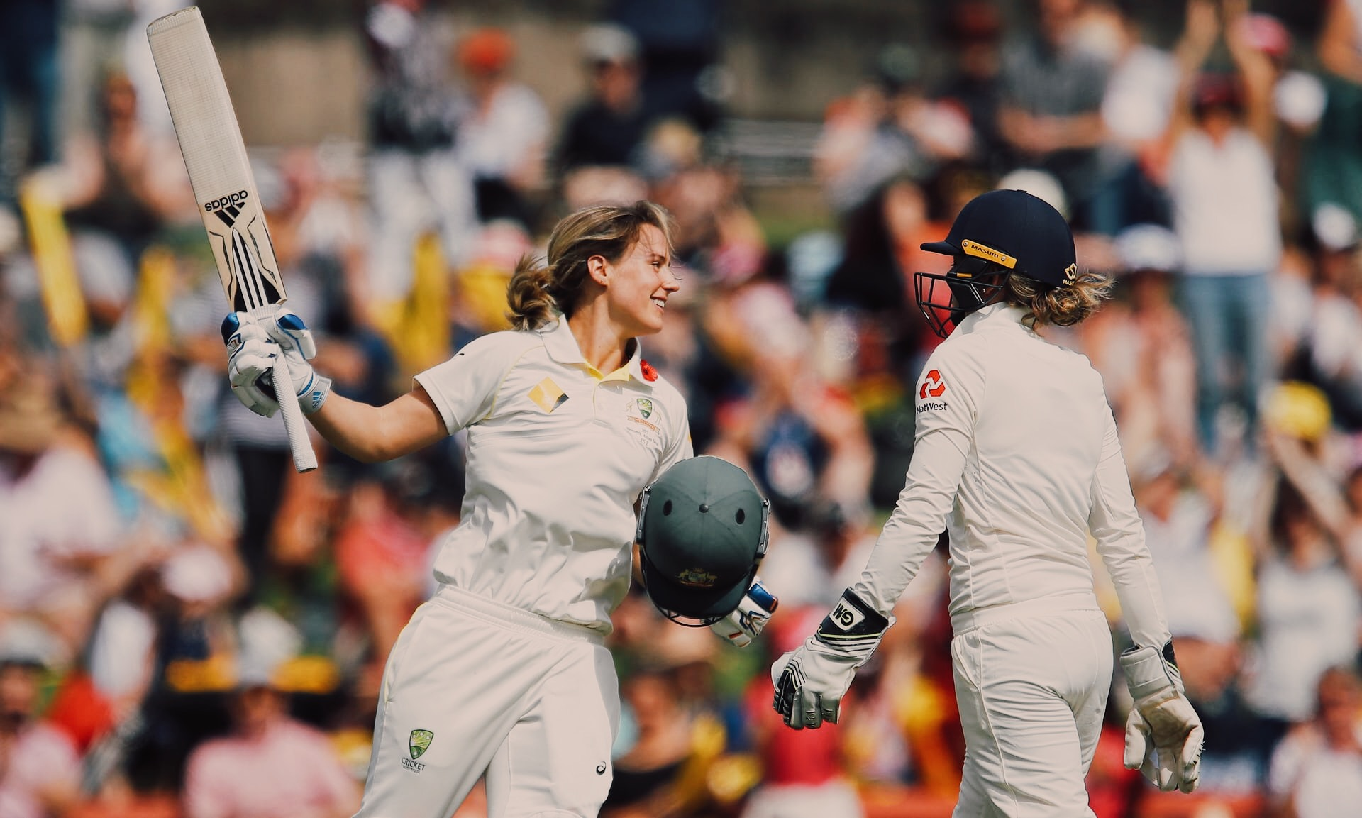 Ellyse-Perry-record-double-century-cricket.jpg