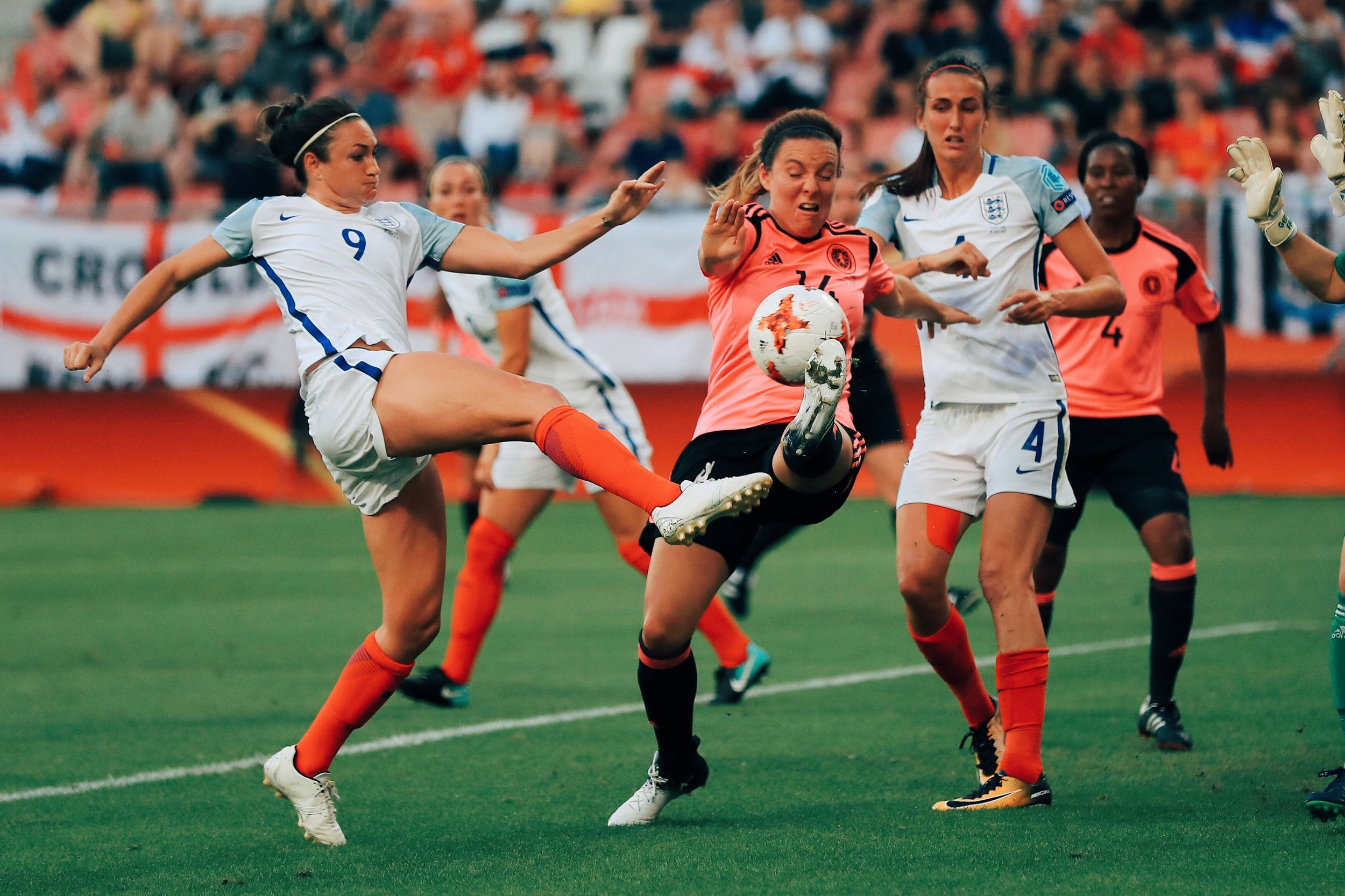 lioness-jodie-taylor-action-woman-football-womens-sport.jpg