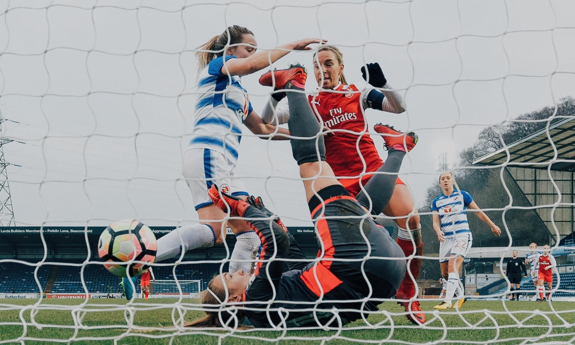 womens-football-manager-sport-gaming.jpg