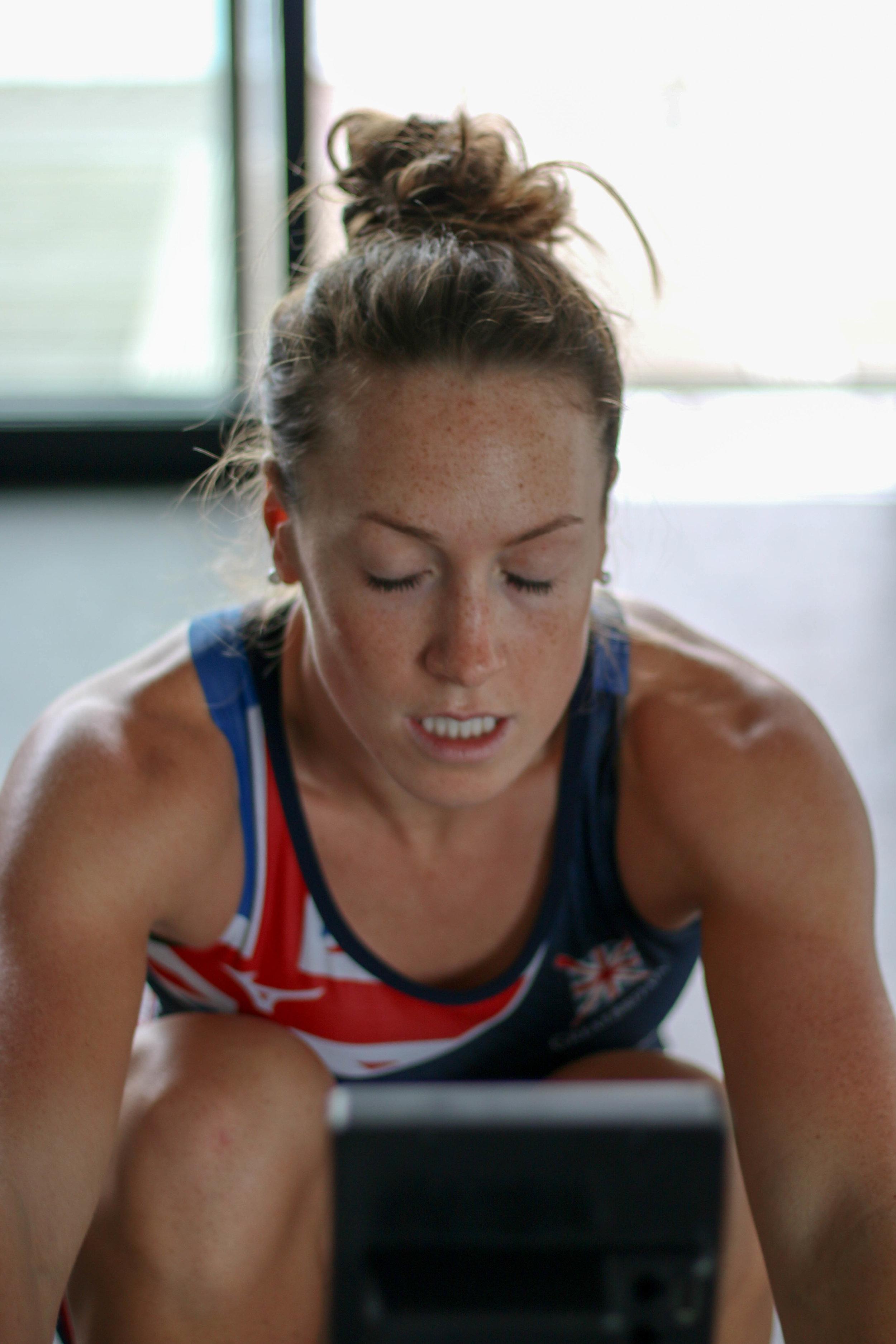 womens-sport-karen-bennett-rowing-athlete09.jpg