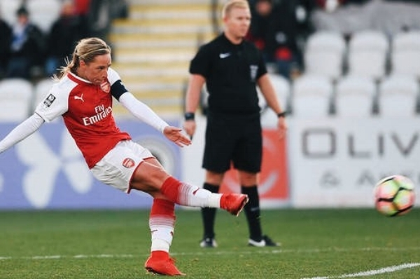 Jordan Nobbs pre-injury for Arsenal