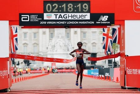 Kenya's Brigid Kosgei wins the women's elite race. Img: REUTERS/Paul Childs