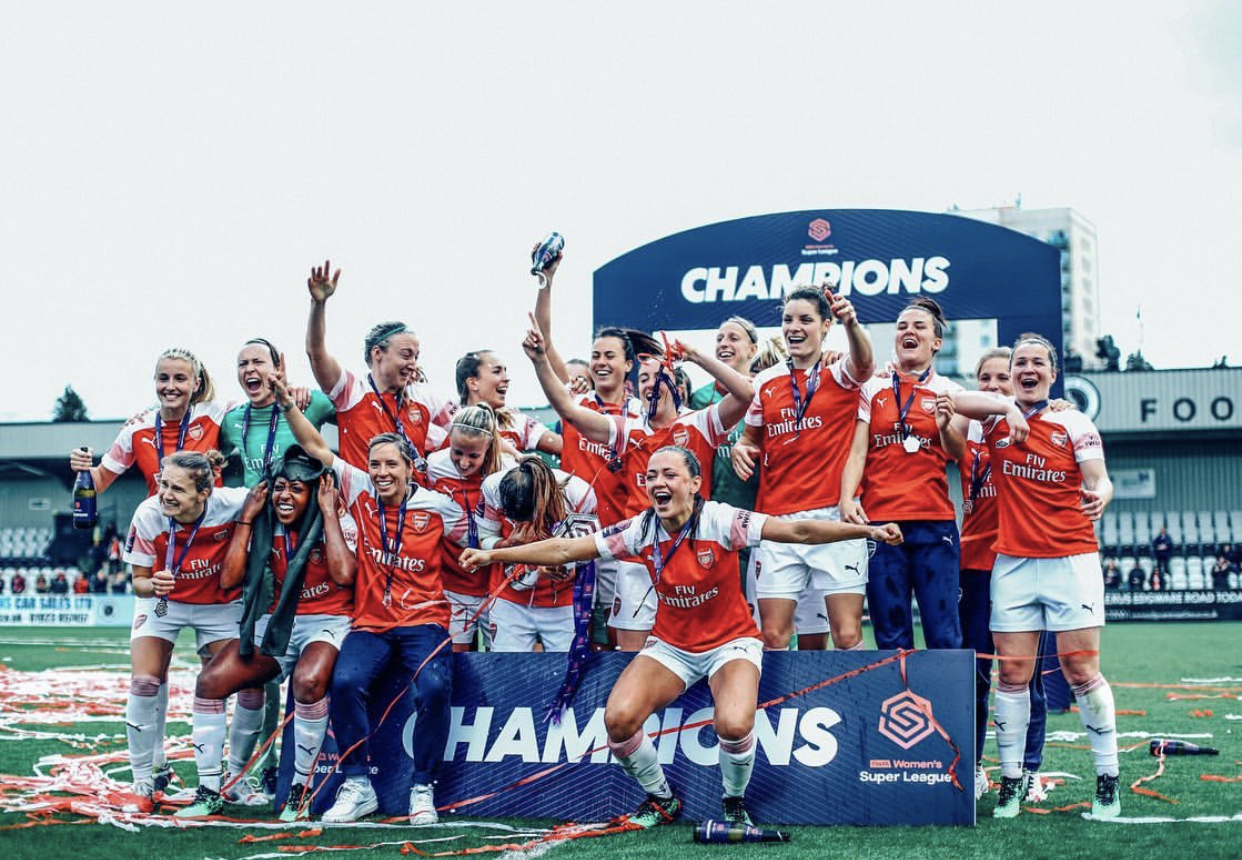 Arsenal celebrating the title win. Img: Chloe Knott