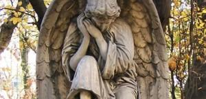 1383222070-605px-katowice-cmentarz-ewangelicki-aniol (Copy)