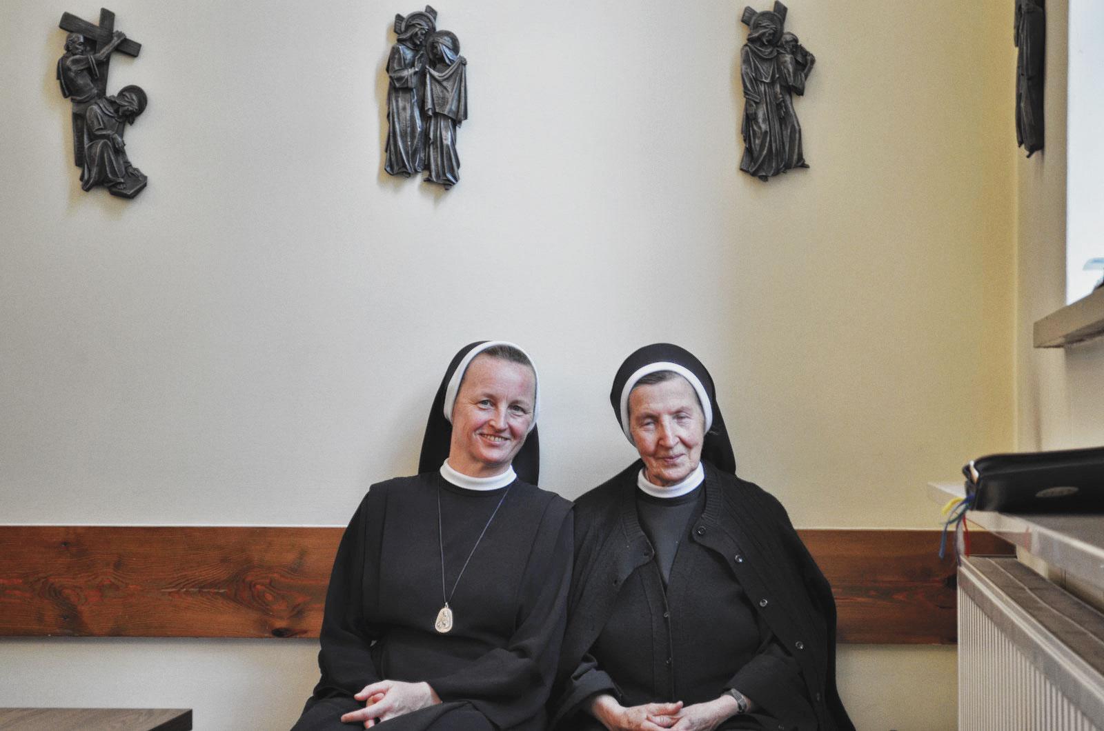 Sióstr_św_Elżbiety-Pierwsze_Śluby_fotorelacja-I-SLUBY-DSC_0557-min.jpg