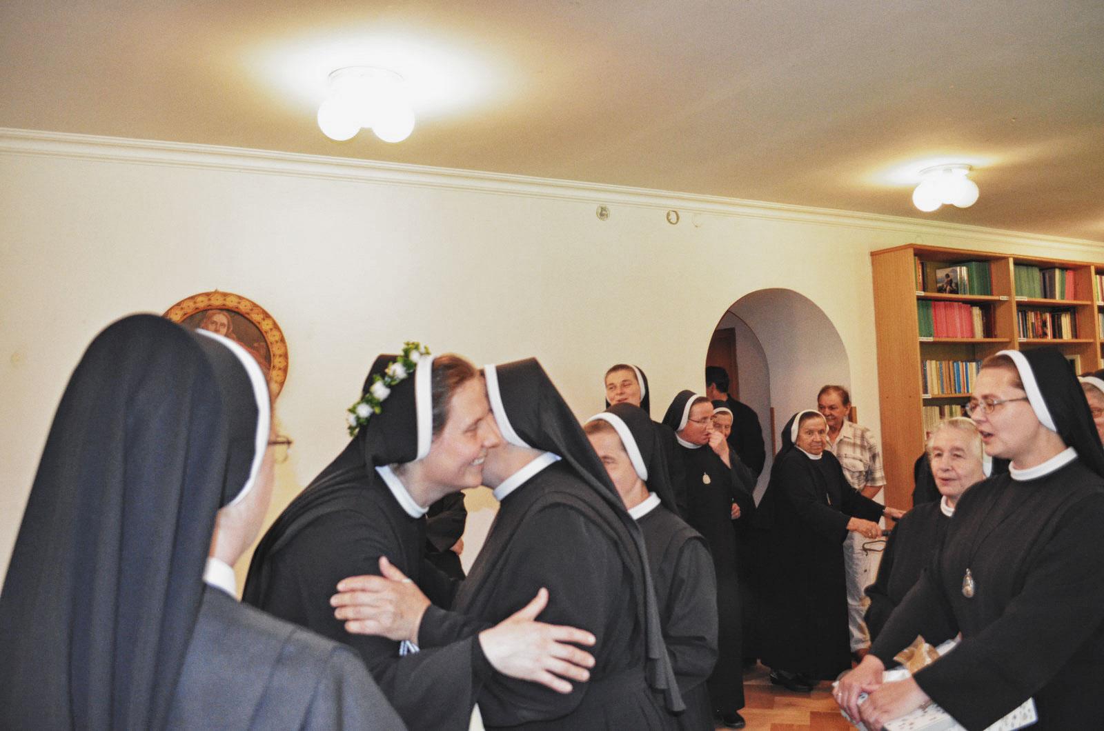 Sióstr_św_Elżbiety-Pierwsze_Śluby_fotorelacja-I-SLUBY-DSC_0608-min.jpg