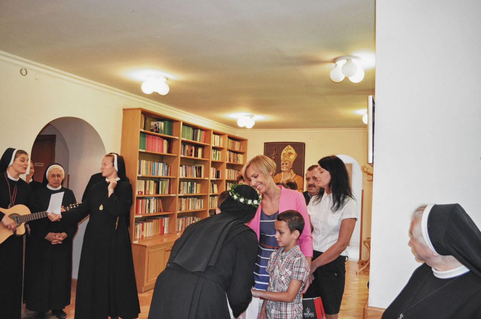 Sióstr_św_Elżbiety-Pierwsze_Śluby_fotorelacja-I-SLUBY-DSC_0624-min.jpg