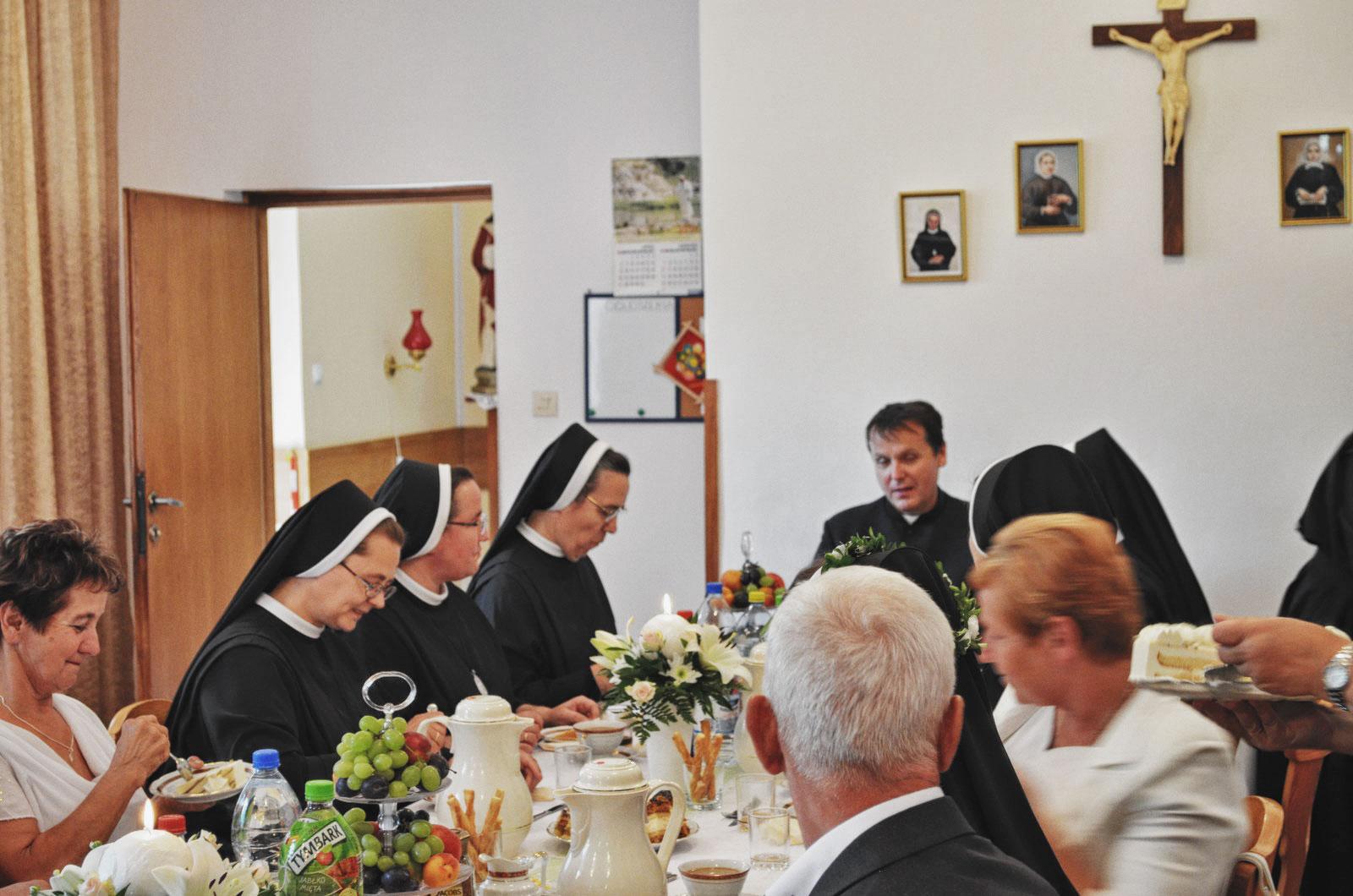 Sióstr_św_Elżbiety-Pierwsze_Śluby_fotorelacja-I-SLUBY-DSC_0635-min.jpg