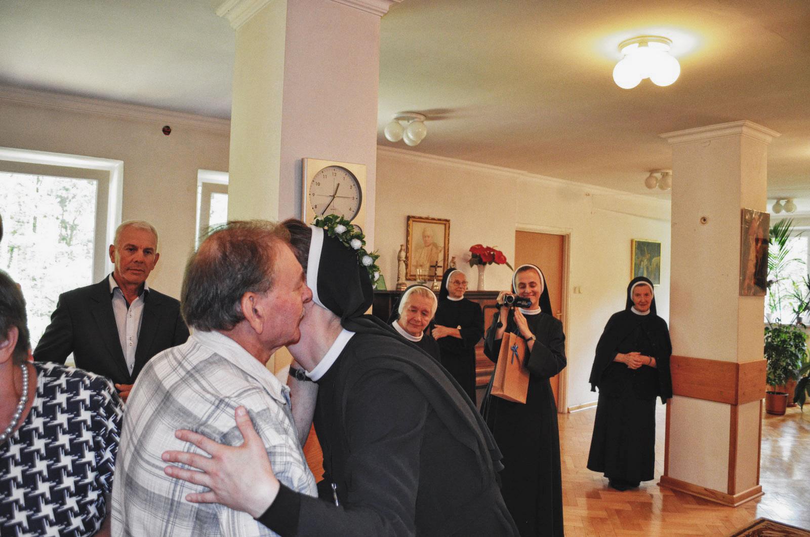 Sióstr_św_Elżbiety-Pierwsze_Śluby_fotorelacja-I-SLUBY-DSC_0630-min.jpg