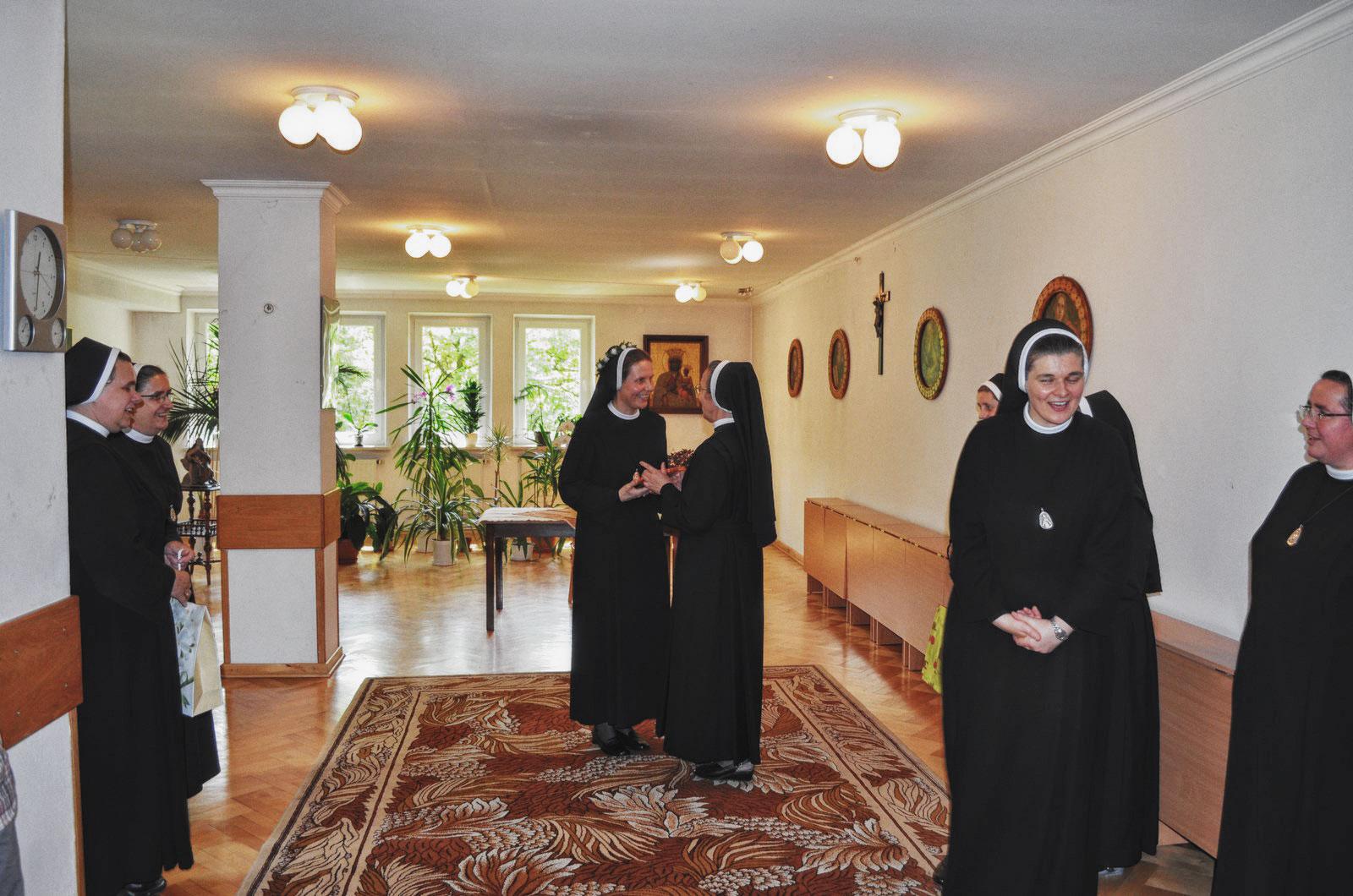 Sióstr_św_Elżbiety-Pierwsze_Śluby_fotorelacja-I-SLUBY-DSC_0606-min.jpg