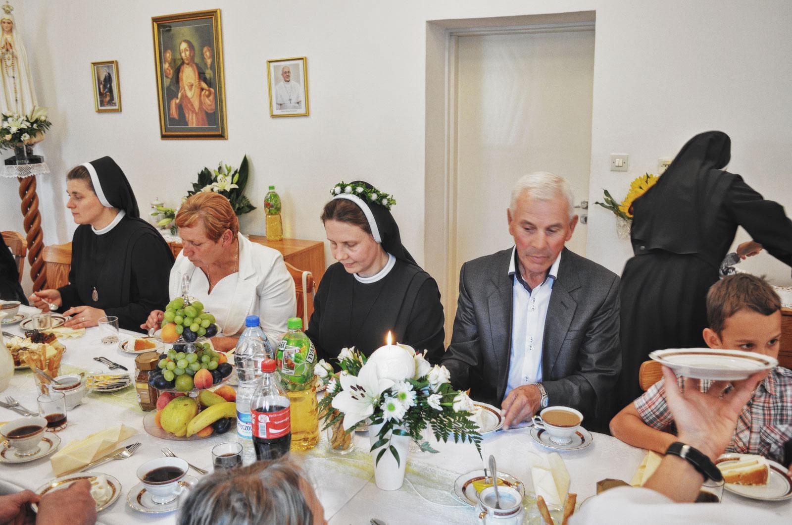 Sióstr_św_Elżbiety-Pierwsze_Śluby_fotorelacja-I-SLUBY-DSC_0637-min.jpg