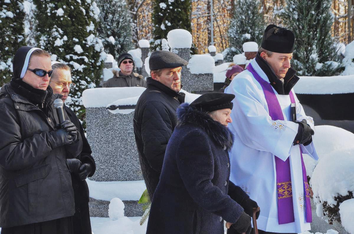 pogrzeb-s.lidii-18-Copy.jpg