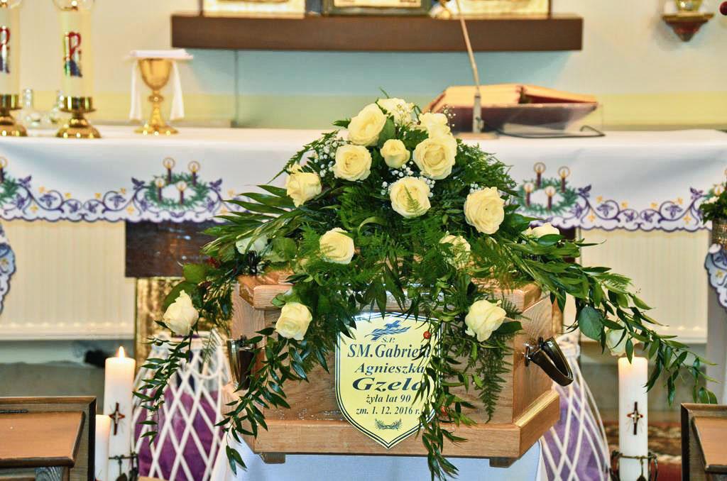 pogrzeb-s.Gabrieli-(3)-(Copy).jpg