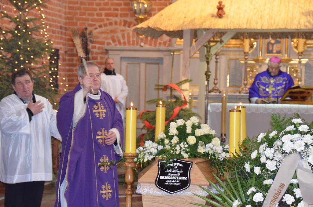pogrzeb s. Elżbiety (22) (Copy).JPG